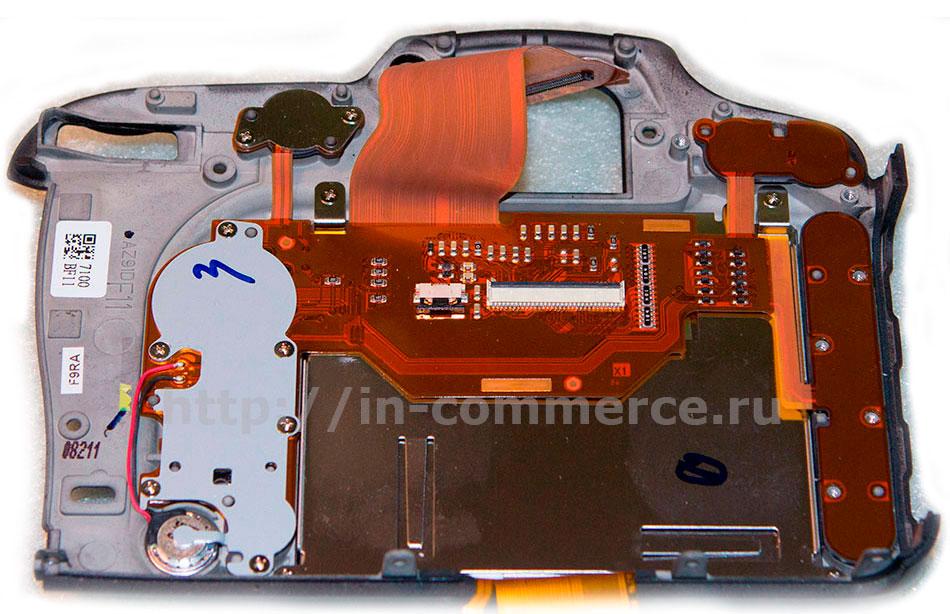 Задняя панель Nikon D7200