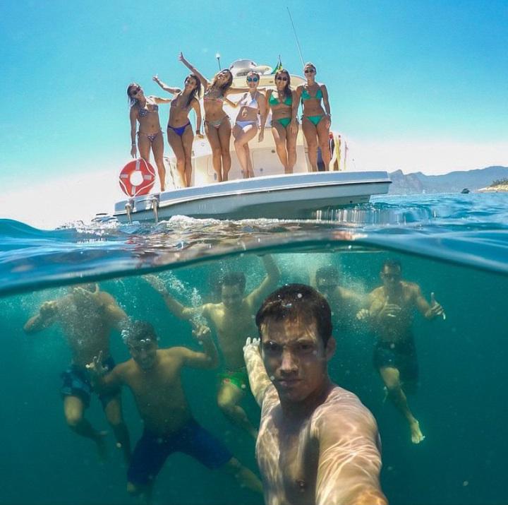 селфи в воде